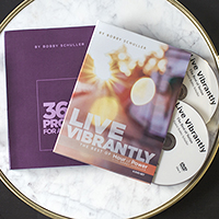 Vibrant Life Resource Set: Book & 4-DVD Set