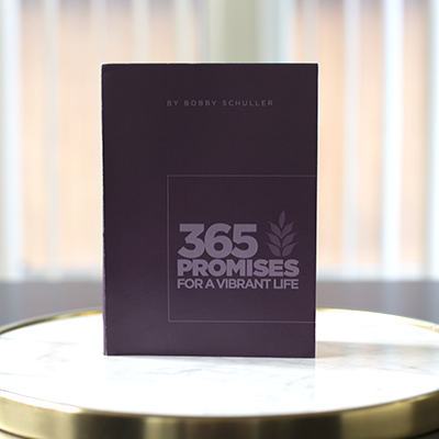365 Promises to Live Vibrantly Devotional