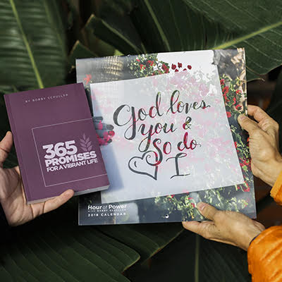 Resolution Set - 2018 Calendar & 365 Promises Devotional